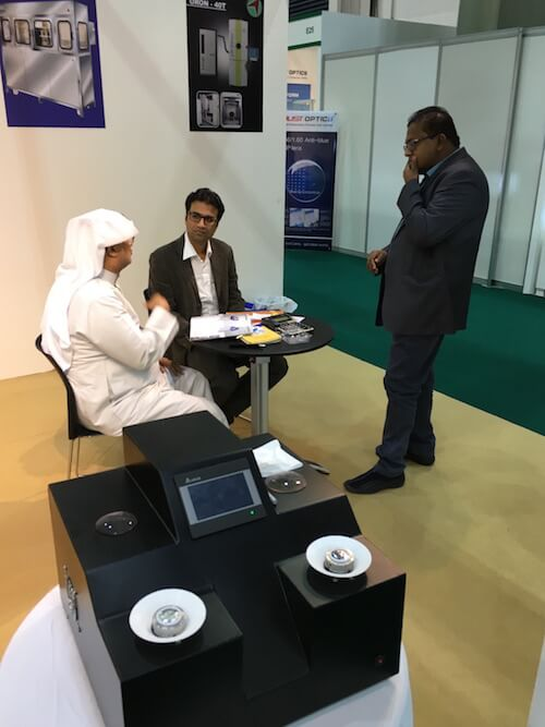 2e9807bd0d With Customer from SAUDI ARABIA in Vision-X Dubai 2015.